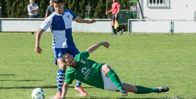El filial arlequinat va tombar ahir un rival directe (Falgués - UE La Jonquera)