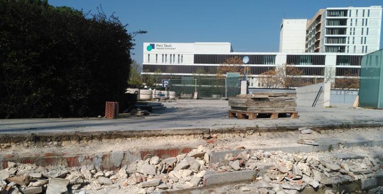 Les obres de reforma de la plaça del Parc Taulí