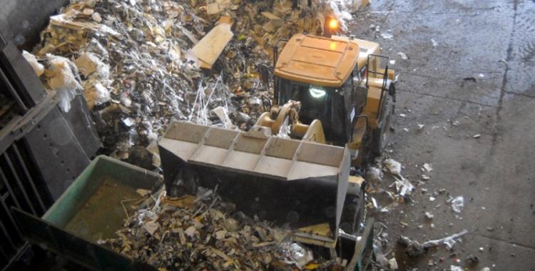 Imatge d'una línia de tractament de residus/ Arxiu Ràdio Sabadell