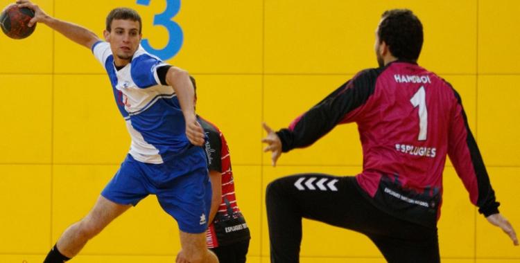 Imatge d'un partit entre el Sabadell Handbol contra l'Esplugues B