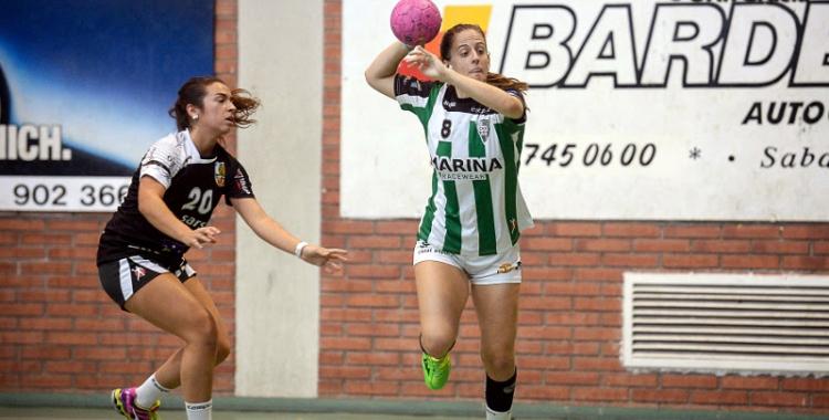 Thaís Podall, jugadora de l'OAR, durant el partit contra el BM La Roca