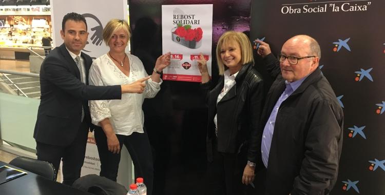 El Mercat Central es mobilitza per Sant Jordi a favor del Rebost Solidari