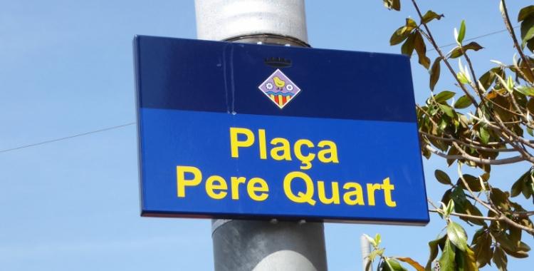 Placa dedicada a Joan Oliver | Cedida