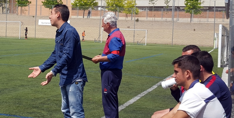 Juan Romero, dirigint un dels últims partits com a tècnic del CE Mercantil