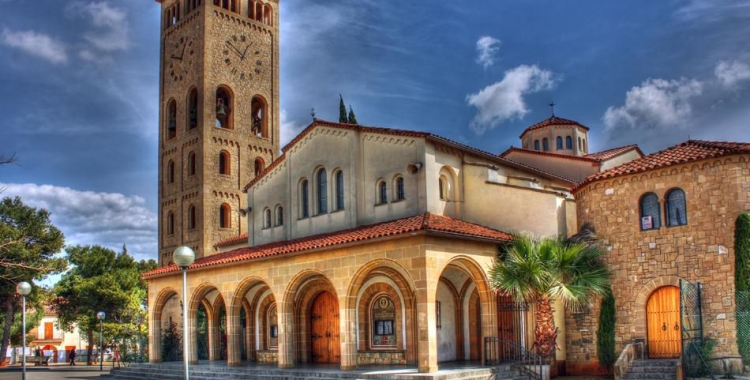 Vista de l'església de Sant Oleguer. Foto: salesianssabadell.cat