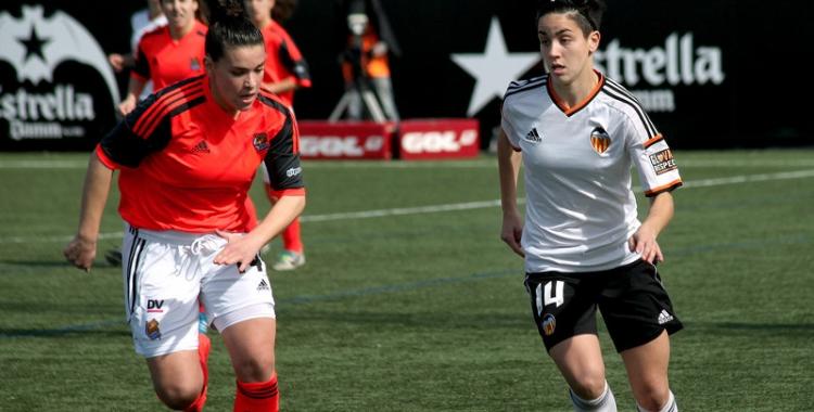 Férez enfrontant-se a la Real Sociedad al Puchades | Valencia CF