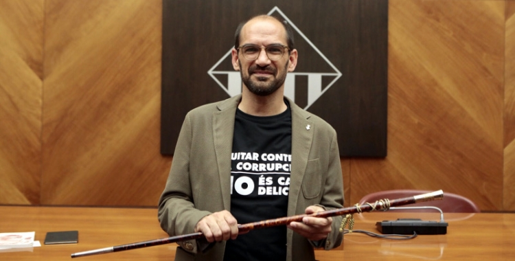 Maties Serracant amb la vara d'alcalde