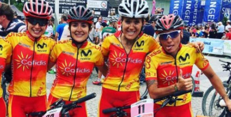 Santanyes (a la dreta) i Pacios (la segona començant per l'esquerra) van tenir sort diversa a València