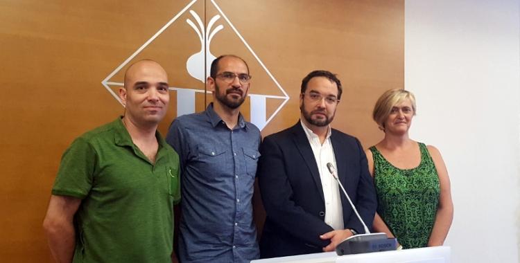 L'alcalde Juli Fernàndez ha anunciat les dates per al relleu a l'alcaldia aquest migdia acompanyat dels tres tinents d'alcalde