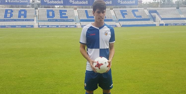 Mario Rodríguez presentat com a jugador del Sabadell