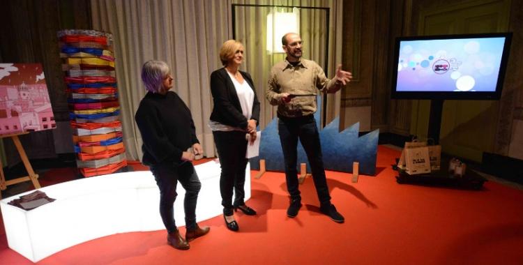 L'alcalde, Maties Serracant, la tinent d'alcalde, Marisol Martínez, i la regidora, Montse Chacón, han presentat les activitats de Nadal a la Casa Duran. Foto: Roger Benet