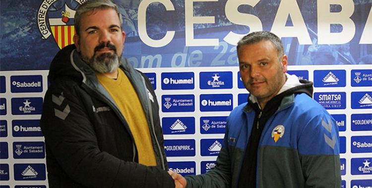 Daniel Leoncio amb Jordi Bransuela en la seva presentació d'ahir