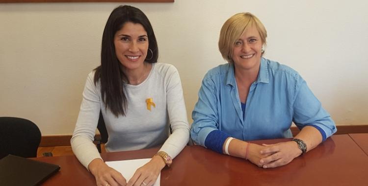 Marisol Martínez (dreta) i Sonia Rallo, presentant el programa esportiu escolar aquest matí
