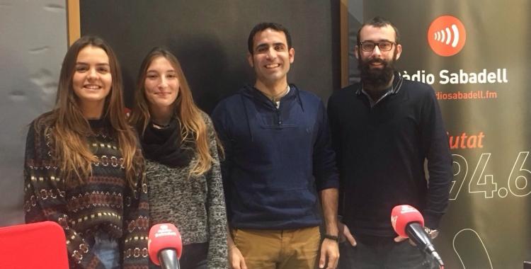 Alumnes, tutors de La Salut i el tècnic d'AVAN. | Foto: Ràdio Sabadell