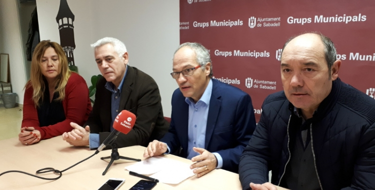 El grup municipal de CIU, en roda de premsa/ Karen Madrid