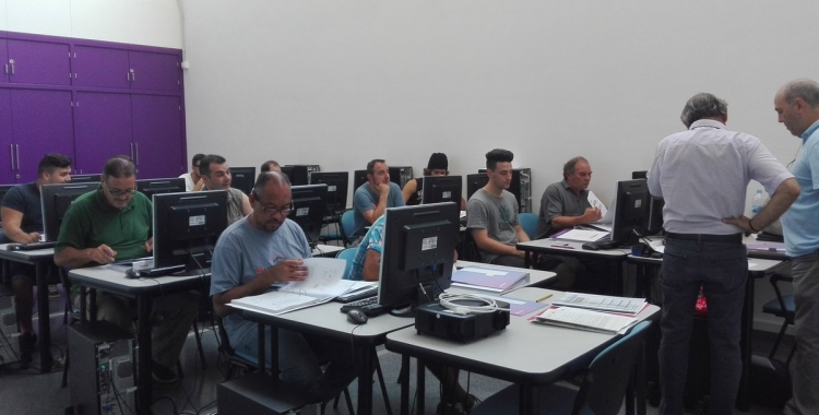 Jornades de formació a Cal Molins, Sabadell   Foto: @yobelmu