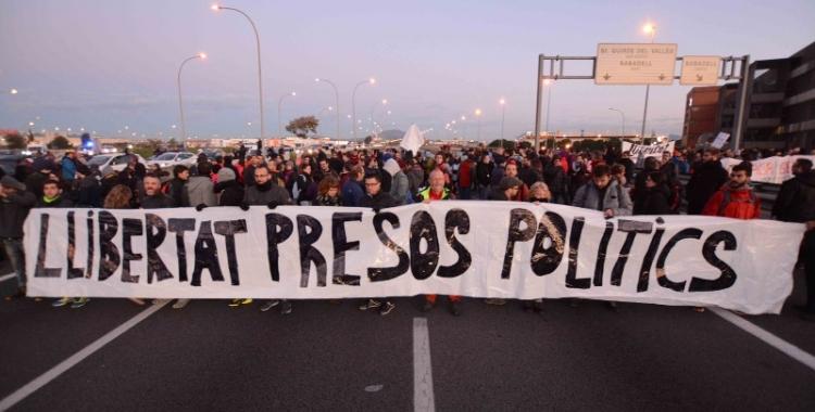 El CDR de Sabadell durant la vaga general del 8 d'octubre | Roger Benet