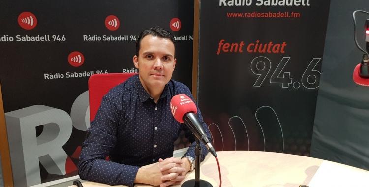 David Baró als estudis de Ràdio Sabadell   Foto: Clàudia Martínez