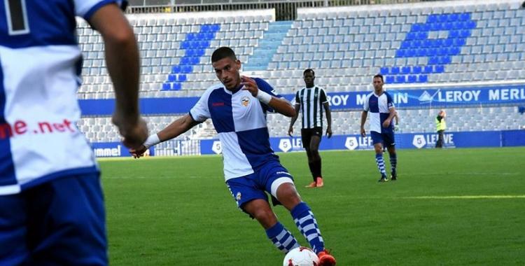 Dani Gómez en el duel de la primera volta contra el Peralada | Crsipulo D.