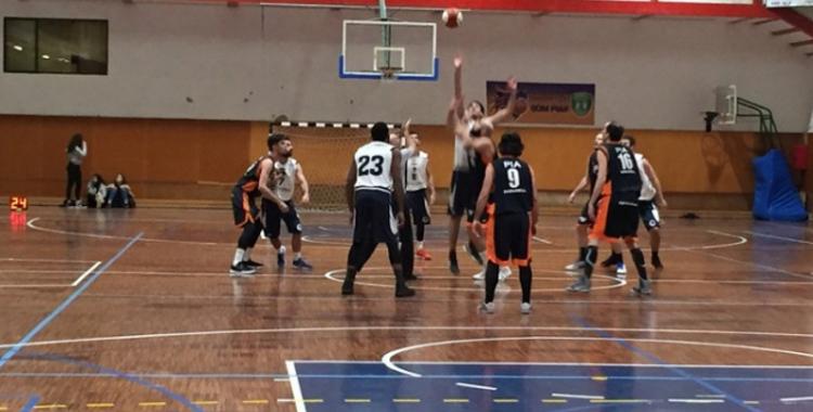 Bàsquet Pia i Natació Sabadell juguen contra equips complicats aquest cap de setmana
