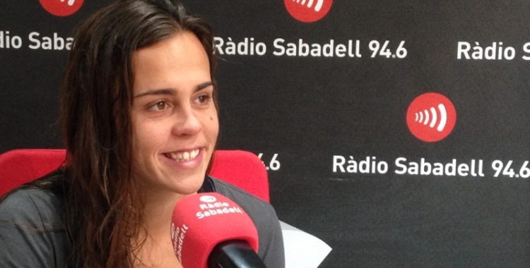 Olga Domènech, capitana de l'Astralpool CNS, als estudis de Ràdio Sabadell | Arxiu RS