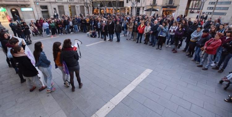 La plaça Sant Roc durant la concentració de Vallès Feminista   Roger Benet