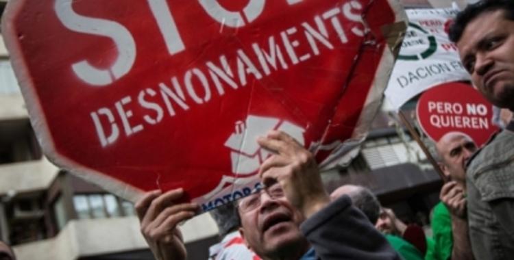 Imatge de recurs d'una protesta contra els desnonaments   Arxiu