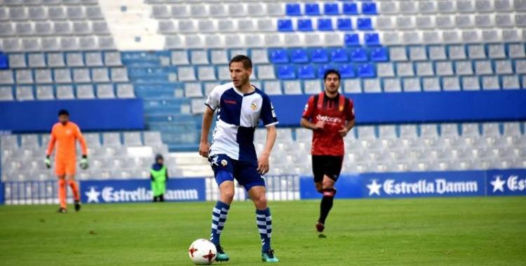 Marc Martínez, a la Nova Creu Alta, en l'últim partit de la lliga contra el Mallorca | Crispulo D.