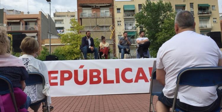 Fernàndez, Talegón, Fachín i Rufián damunt de l'escenari governat per un llaç groc   Ràdio Sabadell