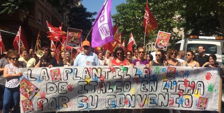 Les treballadores de l'empresa Italco a la manifestació | Helena Molist