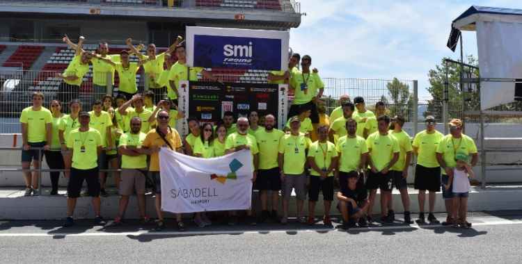 L'IES Castellarnau va celebrar el seu èxit a les 24 hores de motociclisme