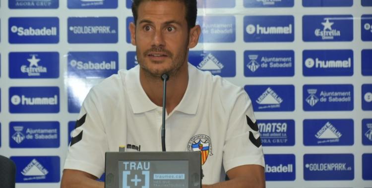 Manuel Gato a la sala de premsa de la Nova Creu Alta | Crispulo D.