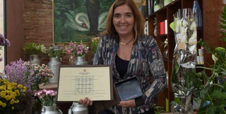 Carlota Segalà amb la distinció de la Generalitat | Roger Benet