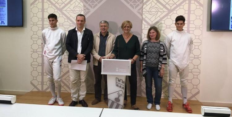 Erik Fernández, Miquel Ojeda, Xavier Sanuy, Elvira Lupascu i Alan Fernández, a la presentació del Trofeu   Marc Pijuan