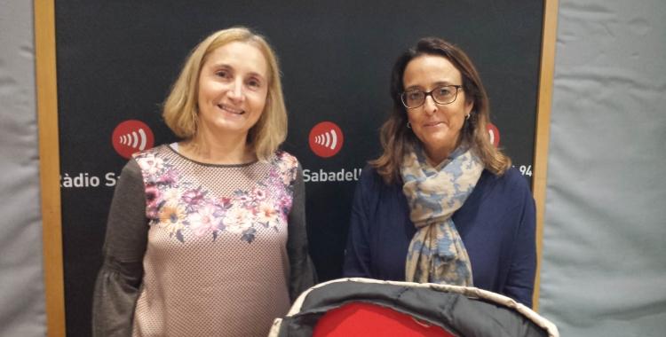 Esther Creus (esquerra) i Alícia Bosch (dreta), a Ràdio Sabadell | Pau Duran