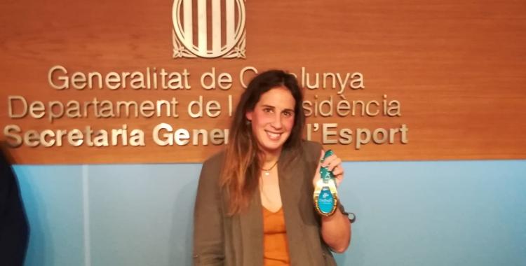 Erika Villaécija amb la medalla d'or aconseguida a Dubai l'any 2010 | Jordi Sánchez