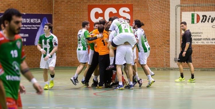Els jugadors de l'OAR celebren el gol de l'empat   Èric Altimis