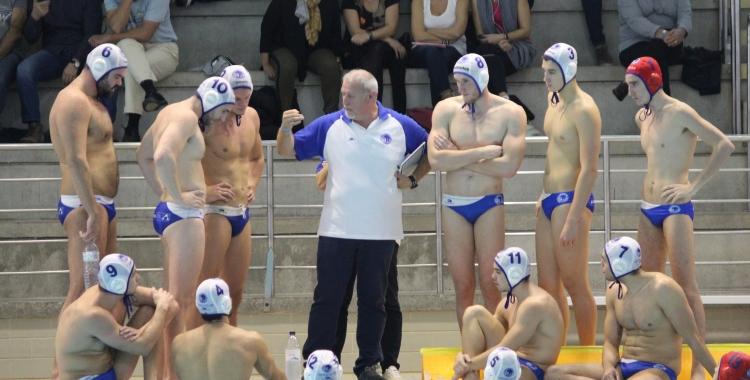 Quim Colet amb els seus jugadors a Can Llong | Roger Benet