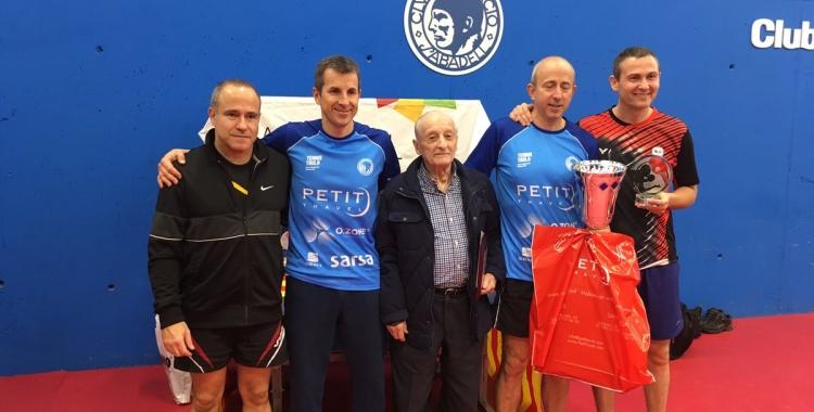 Pere Weisz, amb Santi Vidal, guanyador de l'Open Santi Vidal   @CNSTennistaula
