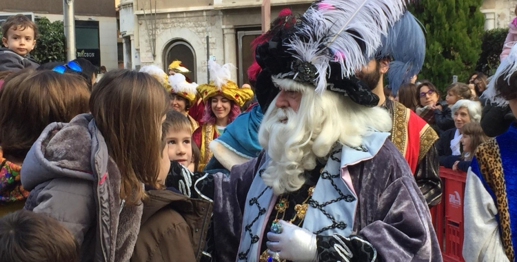 L'Ambaixador a la rebuda de la plaça Sant Roc | Ràdio Sabadell