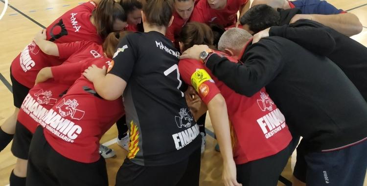 El Femisport vol refer-se de la dura derrota contra el Viaxes Amarelle davant el Poio | @cfsfemisport