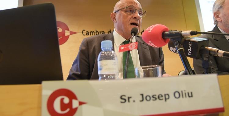 Josep Oliu, durant la conferència a la Cambra de Comerç/ Roger Benet