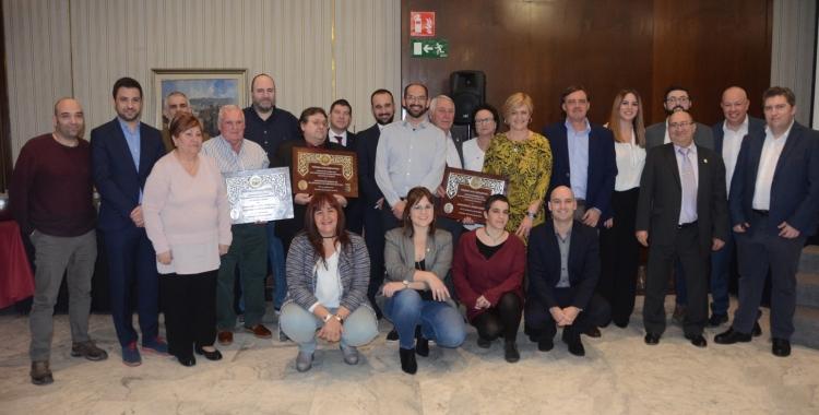 Imatge de família amb els premiats i els representants polítics | David Bisbal