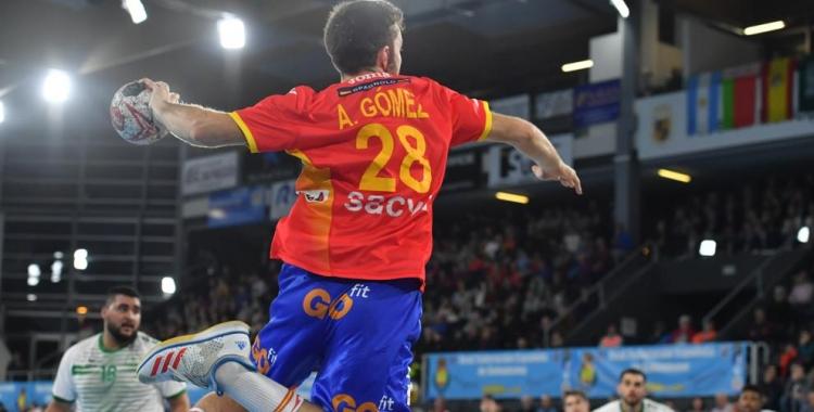 Gómez, en una acció amb la selecció | RFEBM