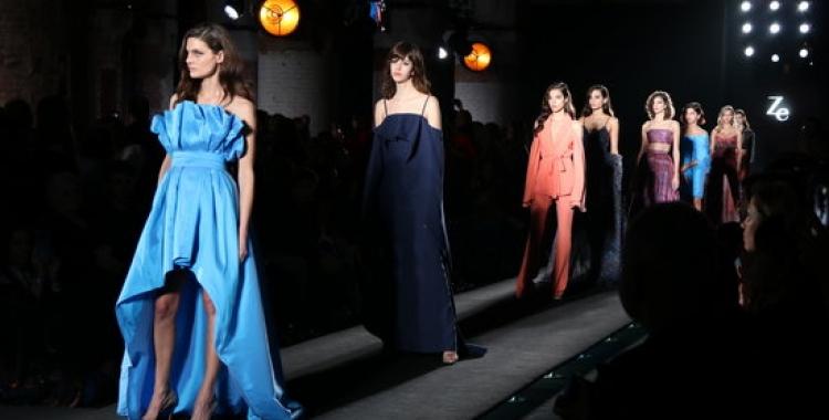 Imatge de la desfilada Milennial Couture de Ze Garcia durant la passada edició de la 080 | ACN