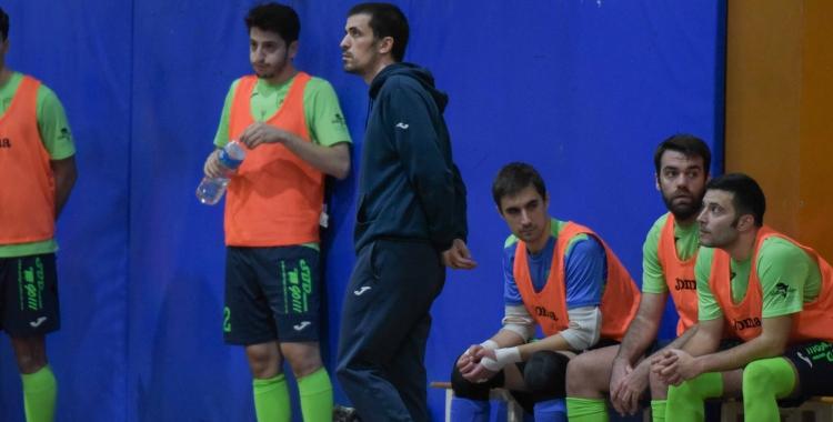 La Pia completa una nefasta setmana després de caure eliminat a la Copa Catalunya i perdre davant el Barceloneta.   Roger Benet