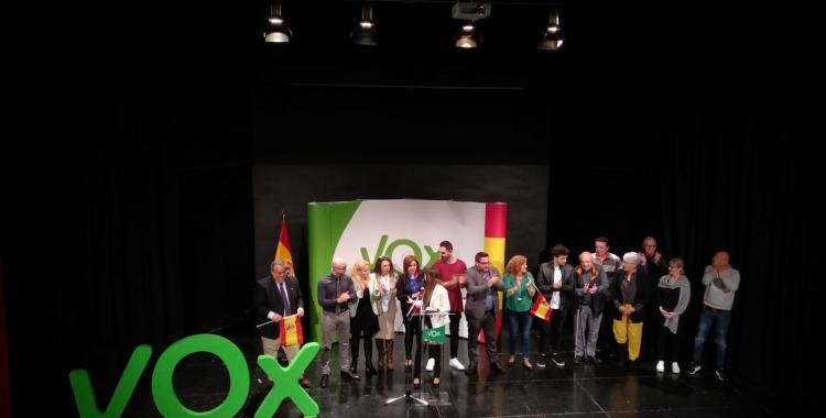 Tot l'equip de Vox Sabadell sobre l'escenari | Helena Molist
