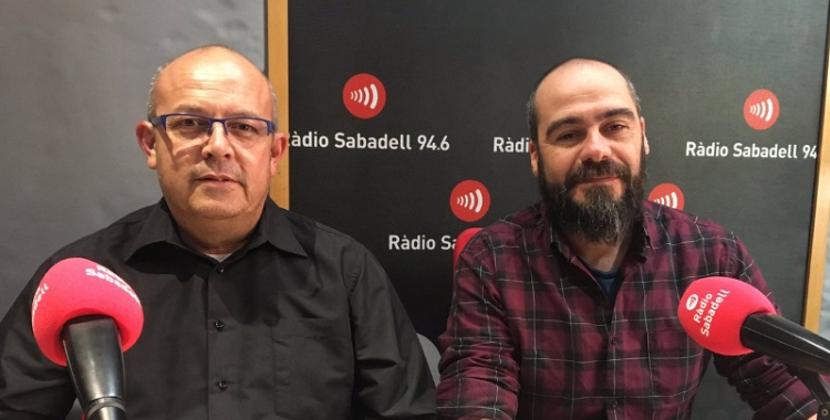 Magno Castillo (dreta) i Miguel Hernández, d'Élite Taxi i Radio Taxi Sabadell/ Pau Duran