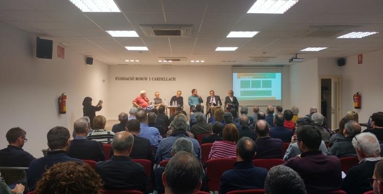 La Bosch i Cardellach plena per escoltar el debat   Pere Gallifa