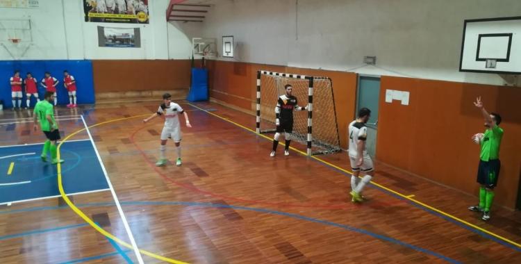 L'estratègia va permetre a l'Escola Pia marcar el segon gol just abans del descans. | Sergi Park